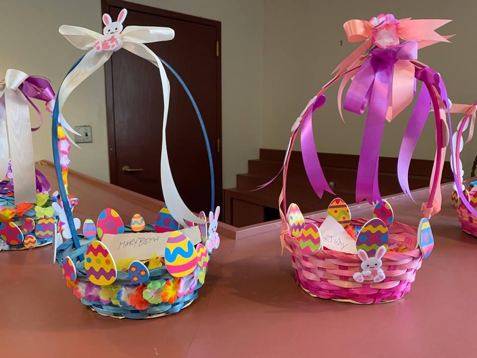 Blueberry-Hill-Easter-Basket-Decorating-3