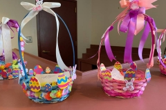 Blueberry-Hill-Easter-Basket-Decorating-3