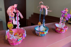 Blueberry-Hill-Easter-Basket-Decorating-4